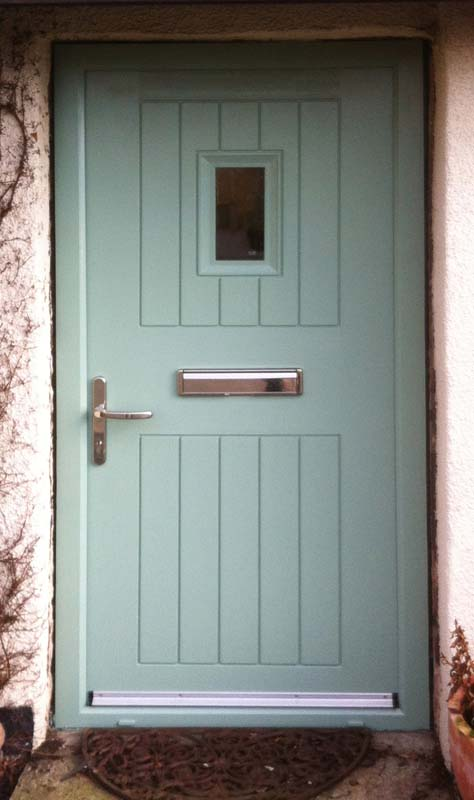 Composite door in Chartwell Green