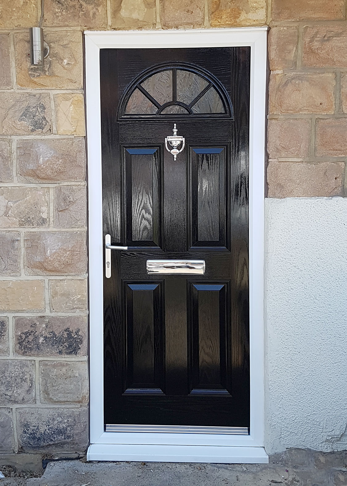 Spray painting uPVC doors, Composite doors and Garage doors